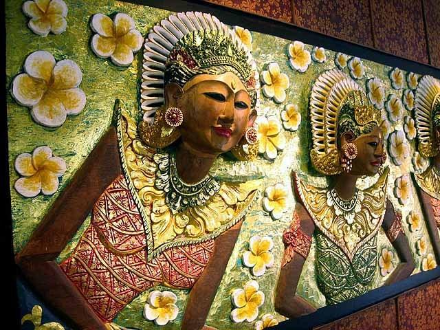 Bali arts and crafts - photo Bali Tourist Board