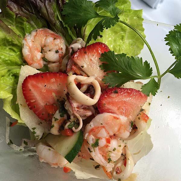 Archie's Wok salad - Puerto Vallarta