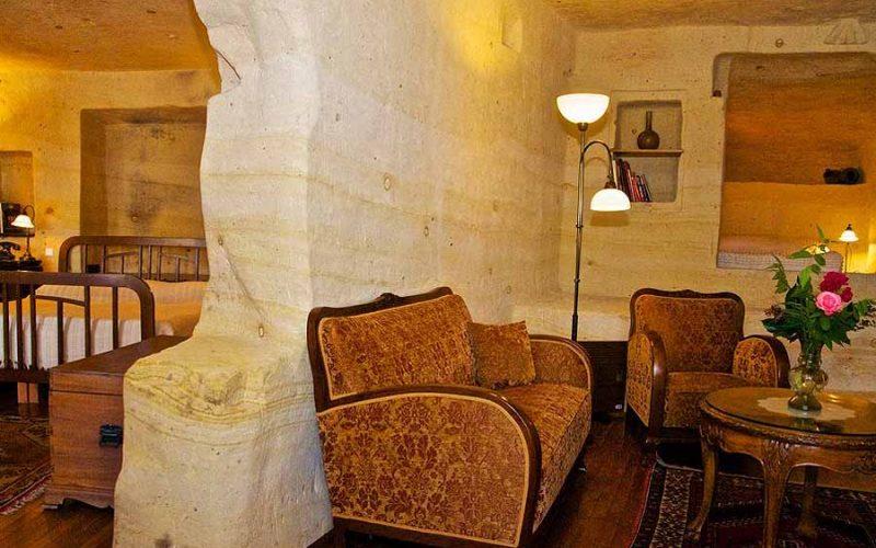 Esbelli Evi - Fantasy suite living room
