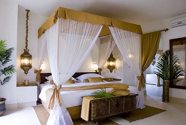 Bedroom fit for a sultan and his princess - courtesy Baraza