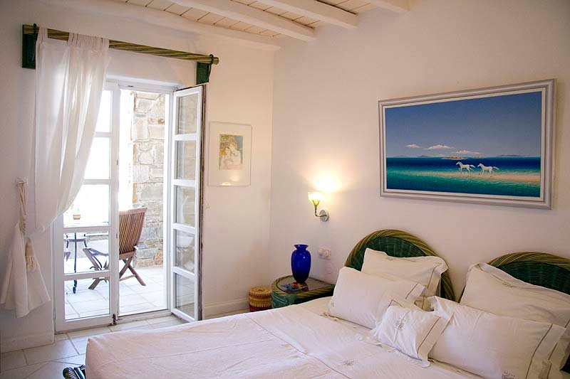 Beach hotels on Mykonos - Kivotos