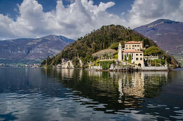 Lake Como - by Alfredo Borba