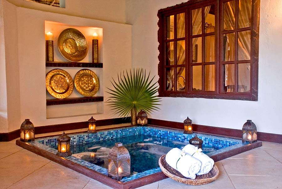 Each villa has a lovely little private Jacuzzi-pool on its deck - photo The Palms