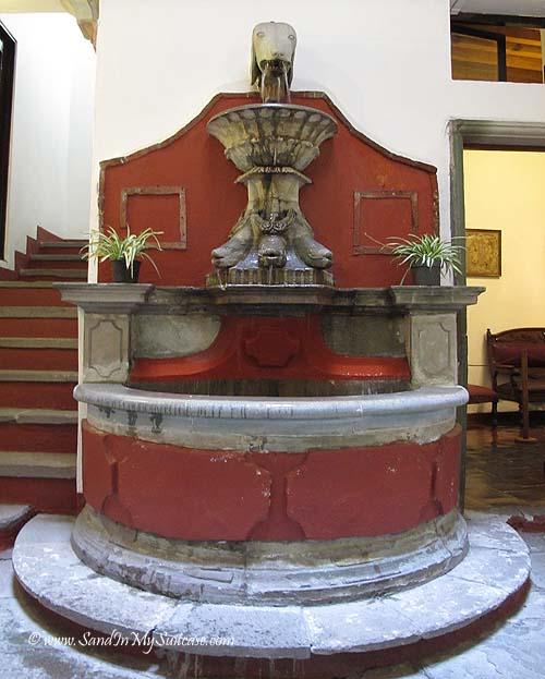 Diego Rivera Museum Guanajuato - fountain