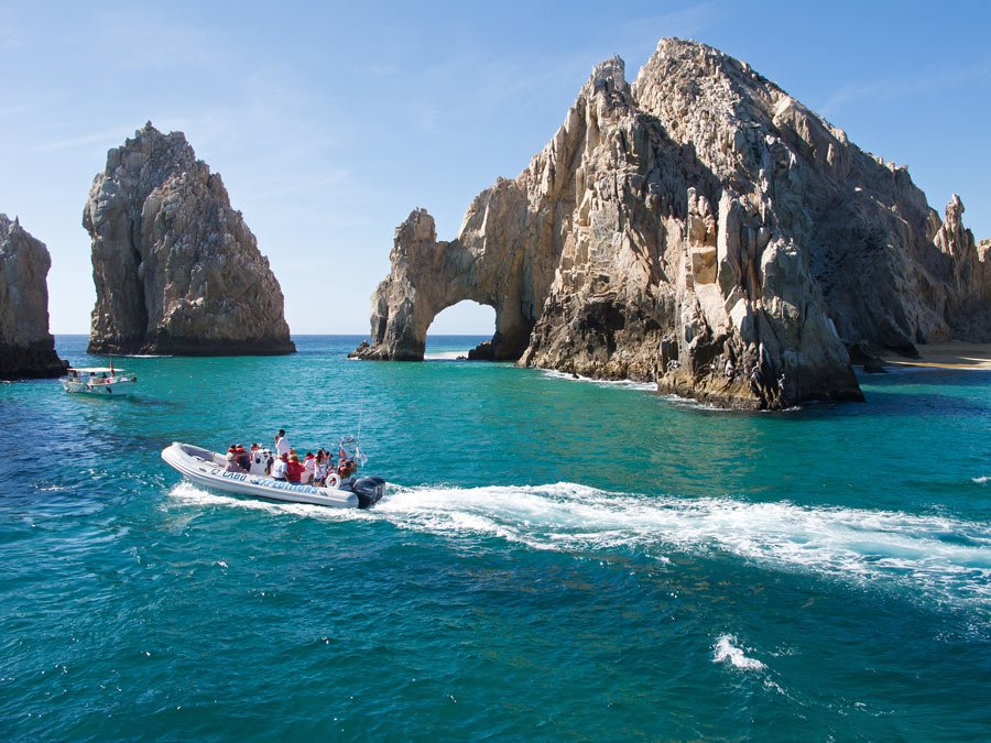 From boat rides to see Land's End to whale watching and golf, there are oodles of fun things to do in Cabo San Lucas!