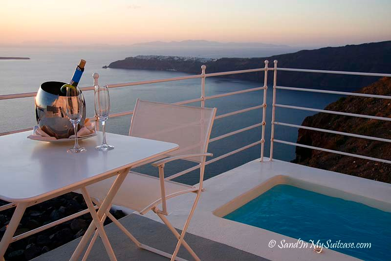 Where to stay in Santorini? Grace Santorini