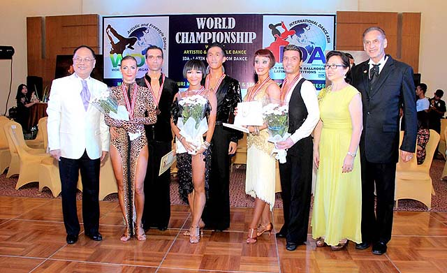 2014 contest winners with Marcel (right) - photo Puri Mas
