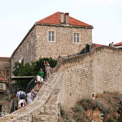 walking the Dubrovnik city wall