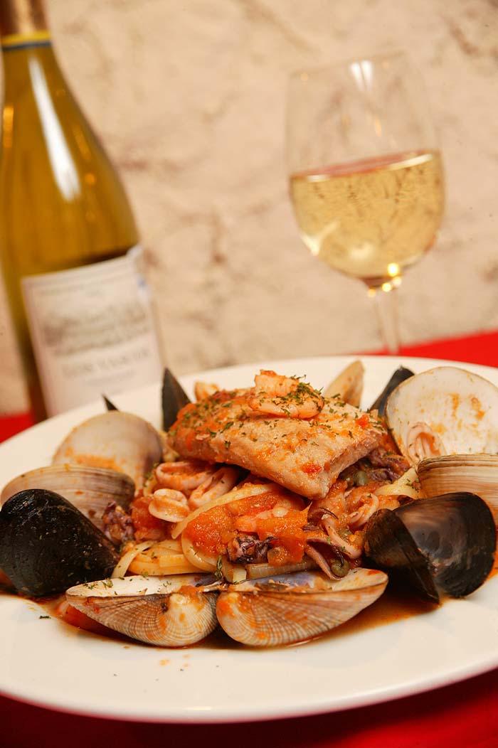 The best Italian restaurants in Cabo San Lucas include La Dolce.