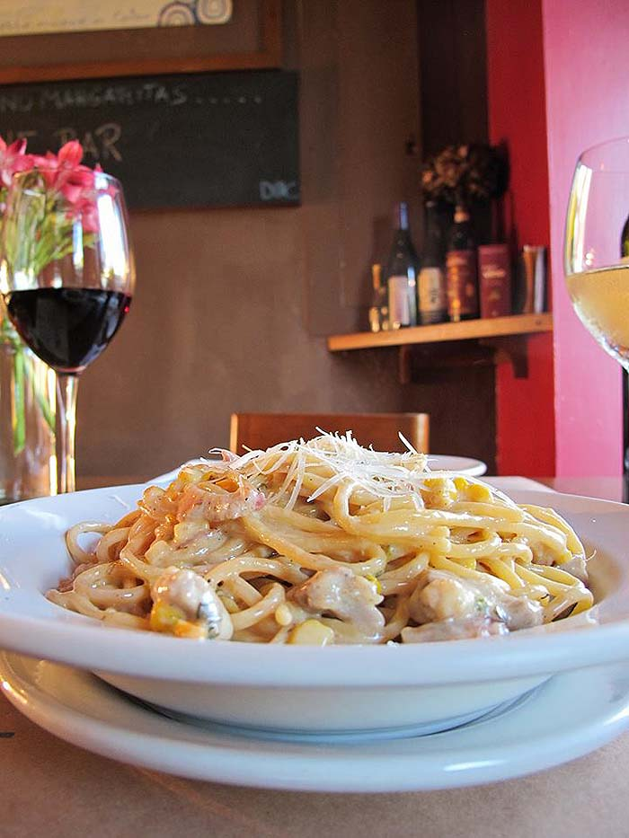 Italian restaurants in Cabo San Lucas - Doc Wine Bar