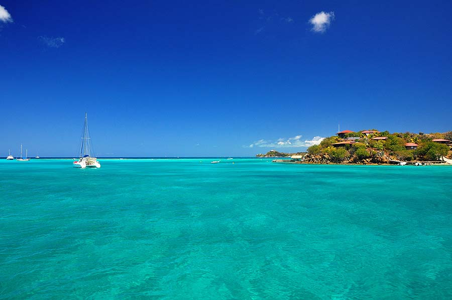 Chartering a yacht in the British Virgin Islands