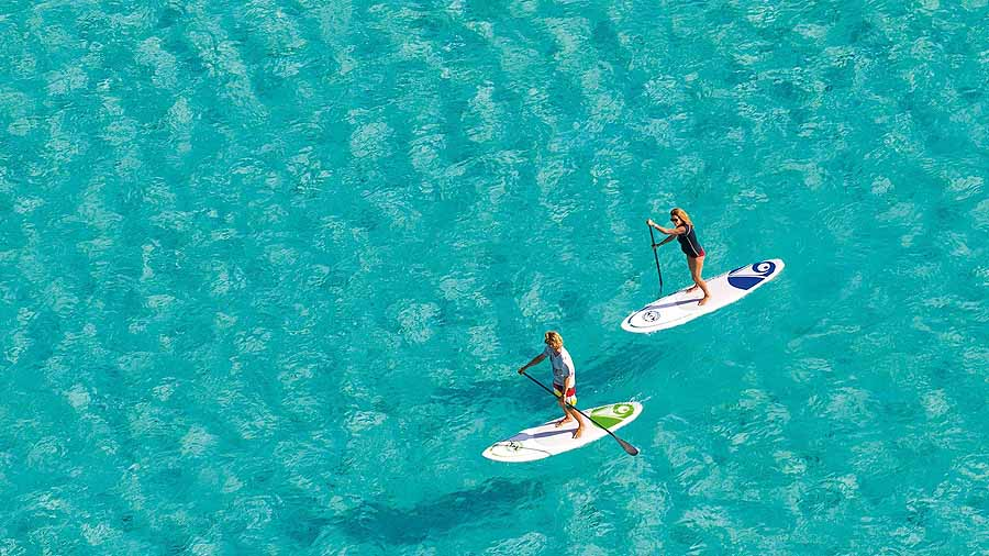 Zihuatanejo beaches - stand-up paddleboarding (SUP)