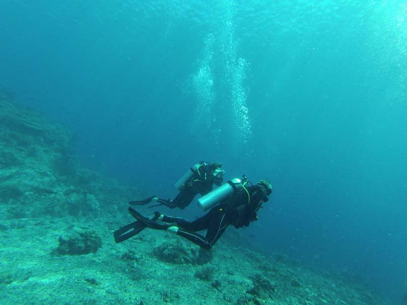 Alila Purnama - scuba diving