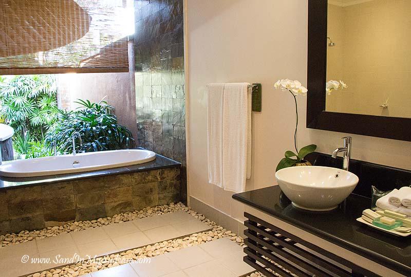 In trendy seminyak luxury villa rentals are all the rage for Balinese bathroom design