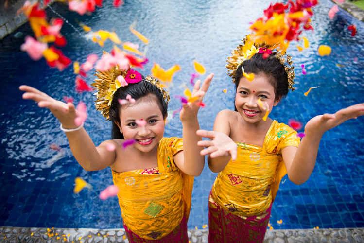 Tugu Bali review