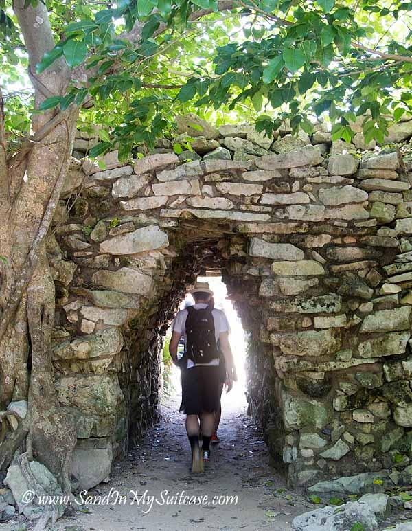 mayan ruins of tulum - entrance gate