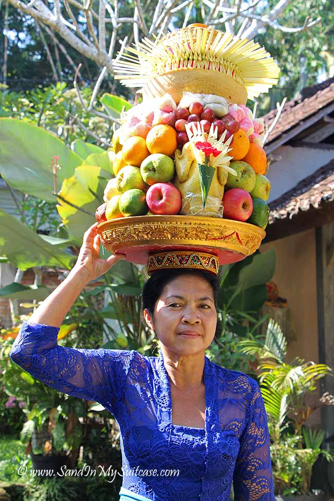 Fruit offerings for the temple