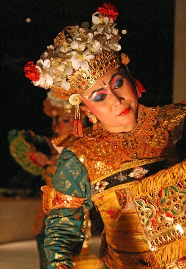 "Balinese dancer performing the ""LeGong"" dance"