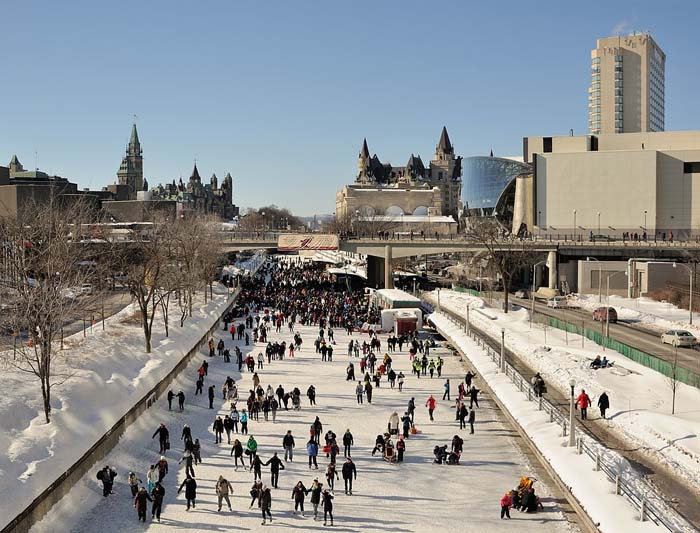 Ice skating along Rideau Canal - credit Saffron Blaze