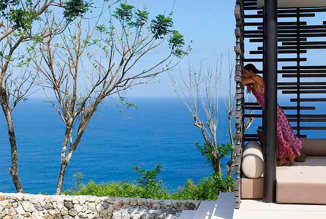 alila-uluwatu-cliff-view