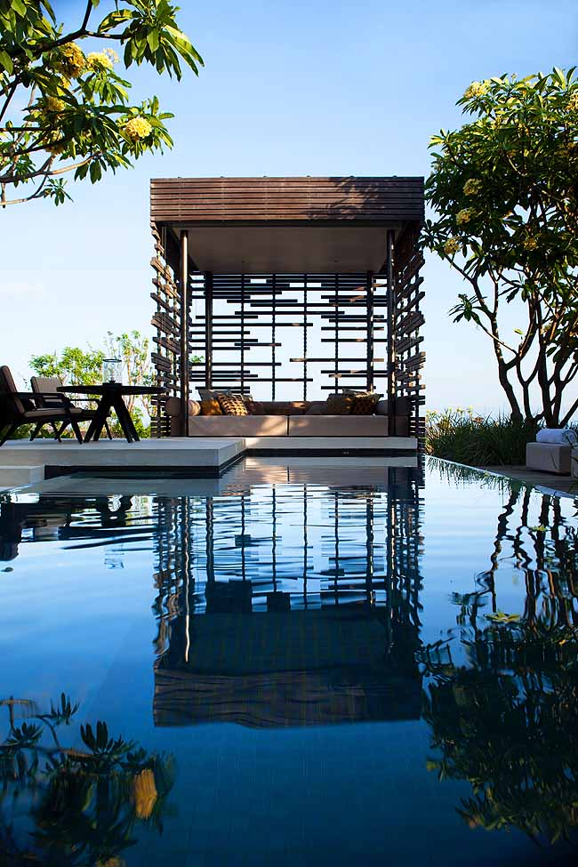 alilavillasuluwatu-pool-villa-cabana
