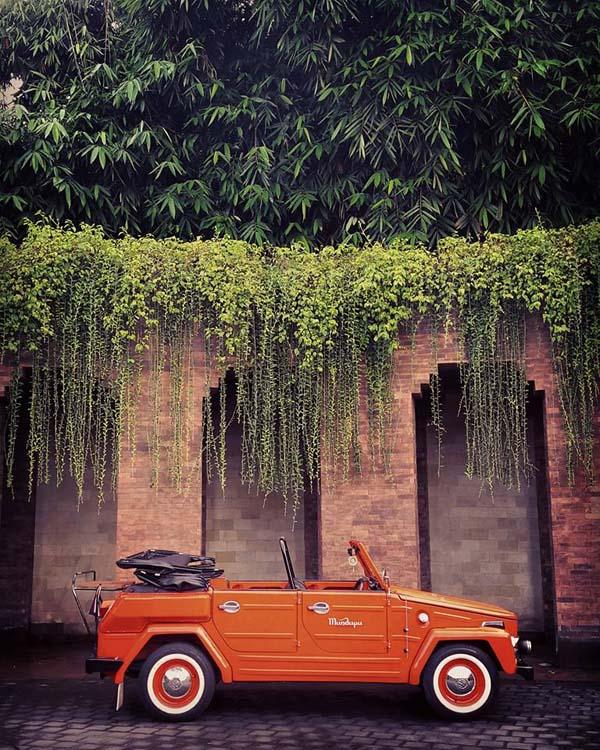 Mandapa vintage car