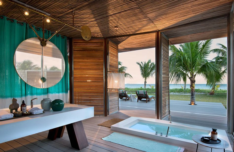 Miavana: One of the world's most luxurious hotel bathrooms