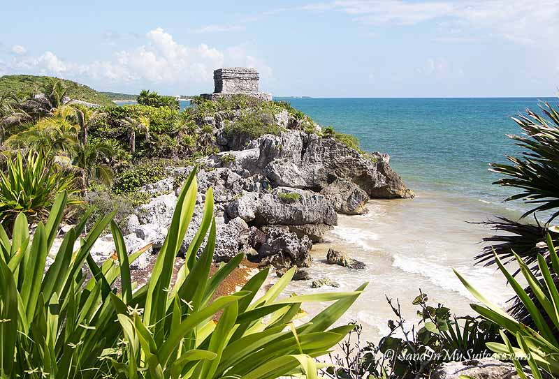 excursions in the Riviera Maya - visit tulum