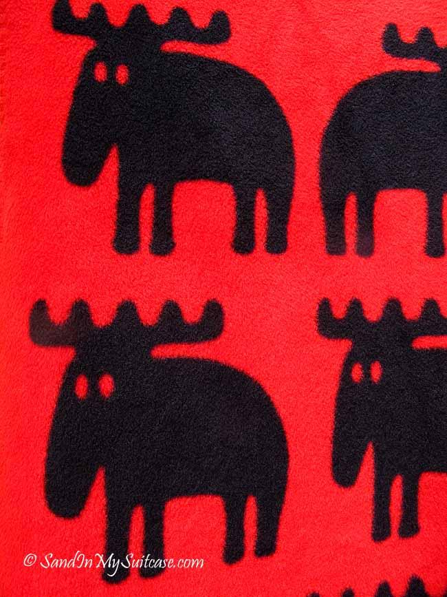 walking Gamla Stan - moose souvenirs