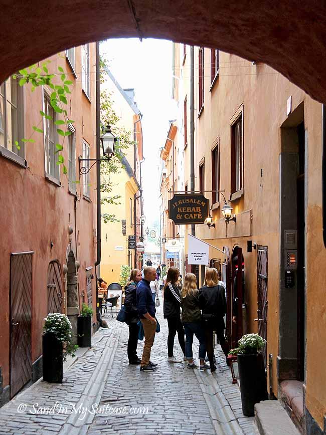 walking gamla stan - stockholm