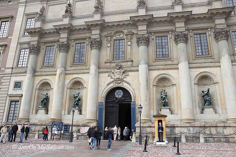 walking gamla stan - royal palace