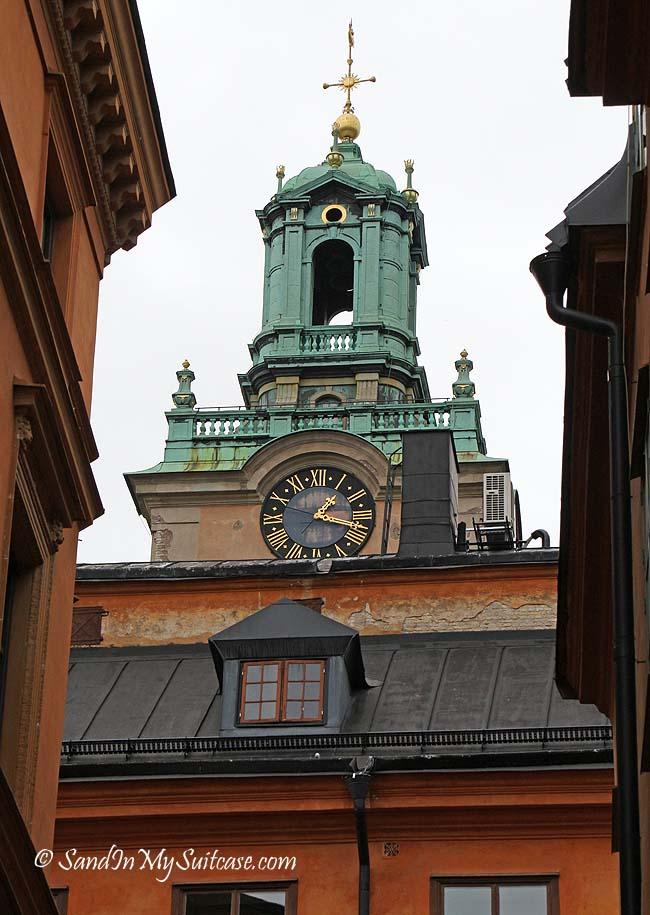 walking gamla stan - clock tower