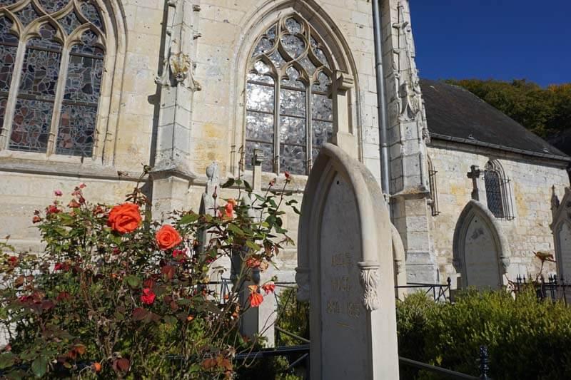 Victor Hugo family gravestones