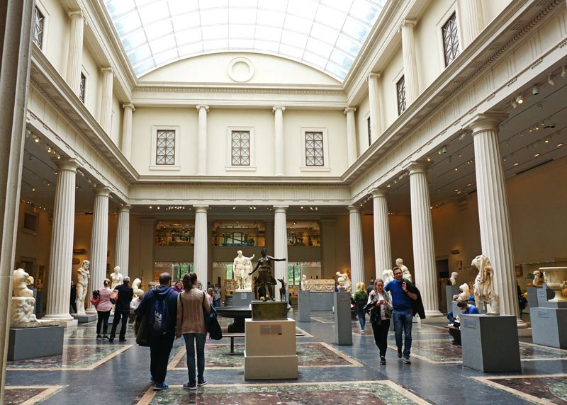 Roman and Greek gallery at the Metropolitan Museum of Art