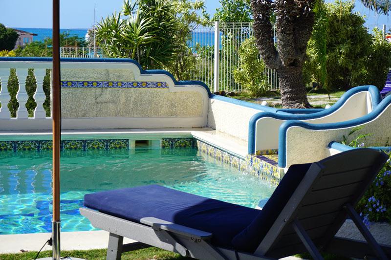 Hotel L'Esplanade pool