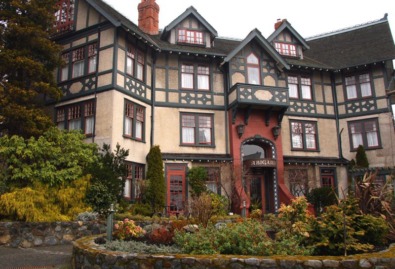 The list of best hotels in Victoria, BC, includes Abigail's Hotel