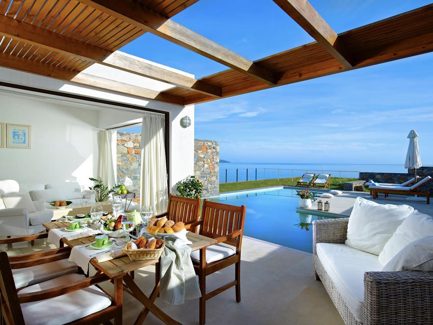 Where to stay in Crete? One of the best hotels is St. Nicolas Bay Resort & Villas
