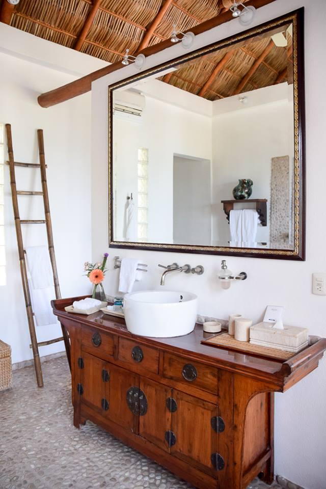 "Bathroom in the ""honeymoon suite"" of Casa de Mita"