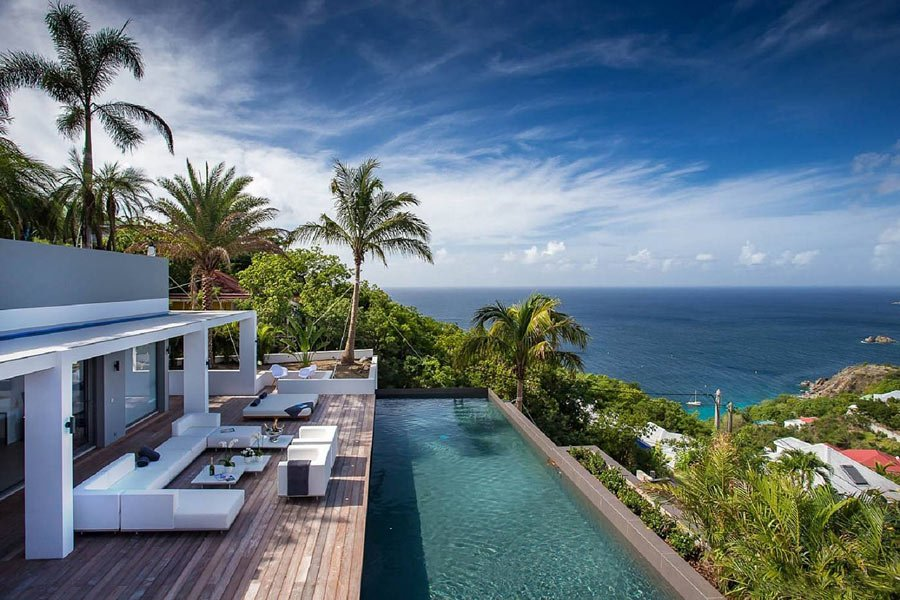 """Legends B"" by St Barth Properties has an infinity pool with views over Gustavia"