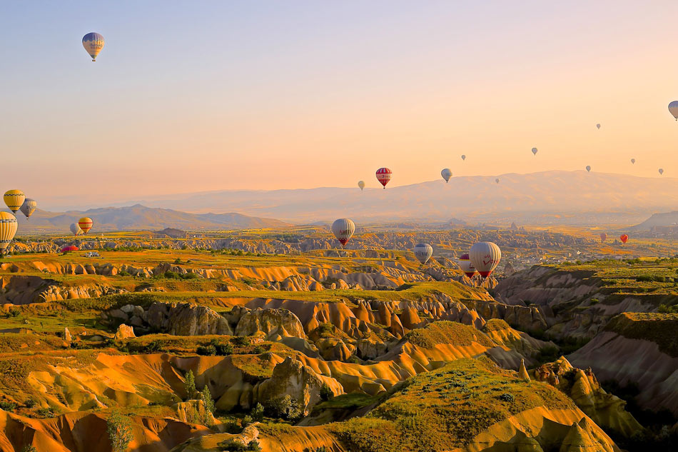 Many different Cappadocia ballon tours are offered
