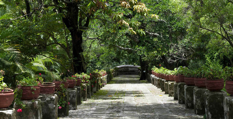 Built by a wealthy miner, the Borda Gardens in Cuernavaca, Mexico, even boast an interior lake