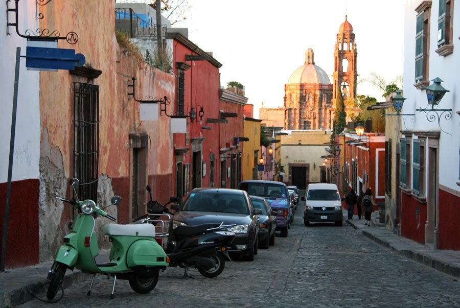 San Miguel de Allende is a particularly popular destination for American expats
