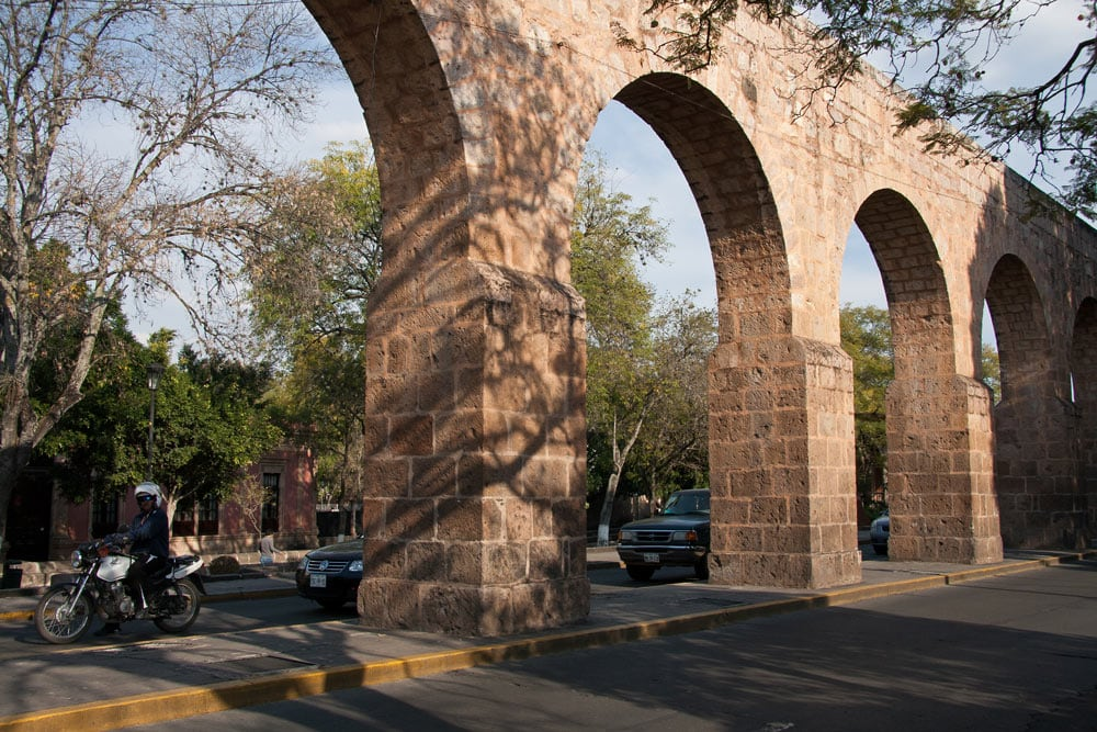 Built between 1785 and 1788, the aqueduct (with its 253 arches) is one of the top attractions in Morelia.