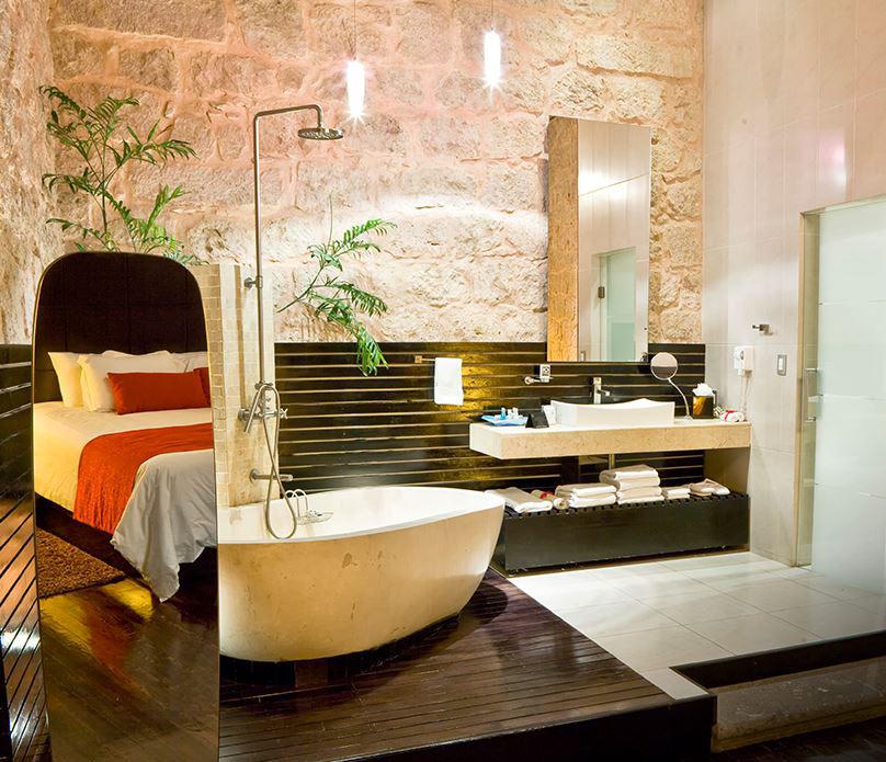 Cantera Diez room
