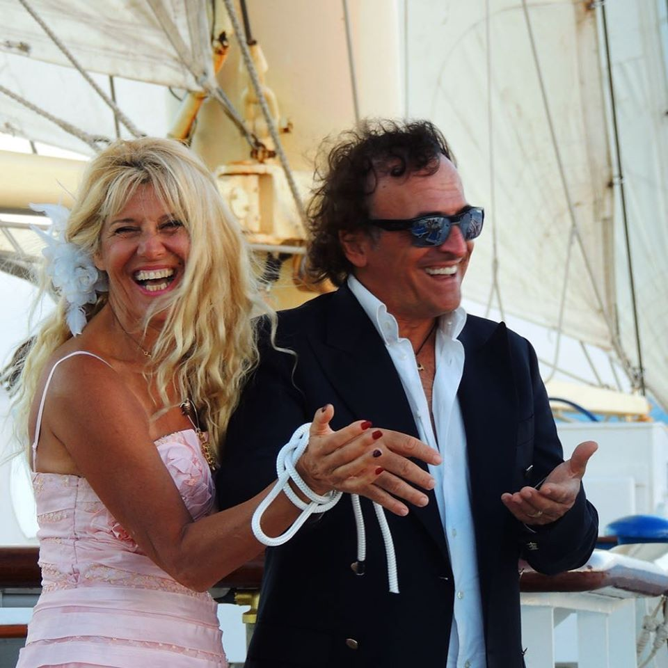"""Actress Maria Teresa Ruta """"ties the knot"""" with her husband on the Star Flyer."""