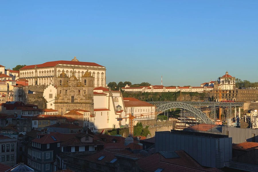 November in Porto can bring a little rain, but you could also be blessed with warm sunny weather.