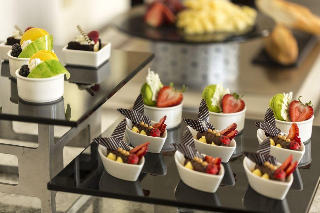 No need to eat out if you book the Ritz-Carlton San Francisco Club Level (Credit: Ritz-Carlton San Francisco)