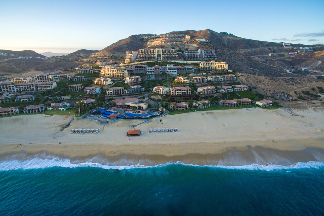 The Pueblo Bonito Sunset Beach Golf and Spa Resort sprawls out on ocean-front property hugging the Pacific side of the Baja Peninsula.