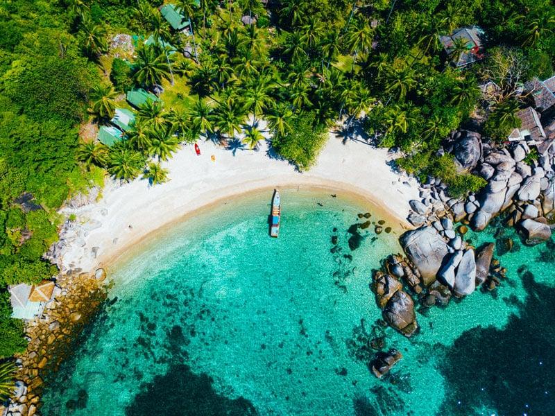 Koh Tao is a boho-chic island close to Koh Samui