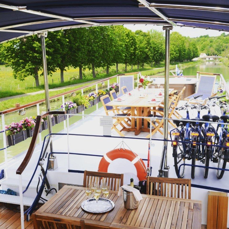 European Waterways is a leader in luxury barge-and-bike trips.